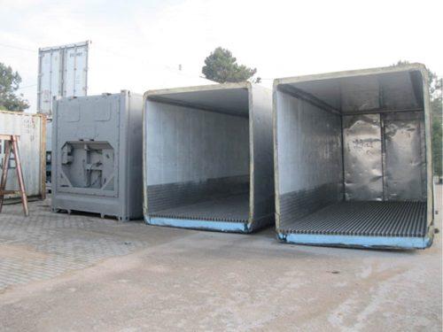 Trabalho de serralharia em contentores frigorificos, Oeiras